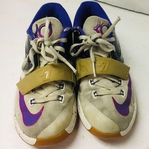 Youth Nike KD,s. Size 2Y